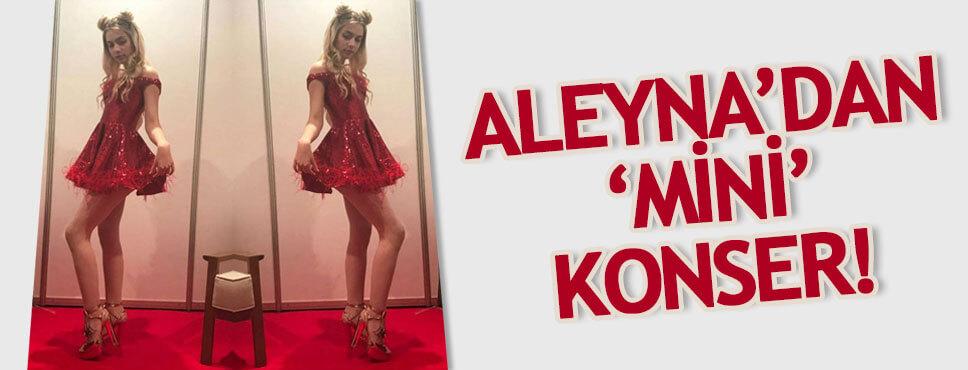 Aleyna Tilki yılbaşında mini elbisesiyle sahneye çıktı!